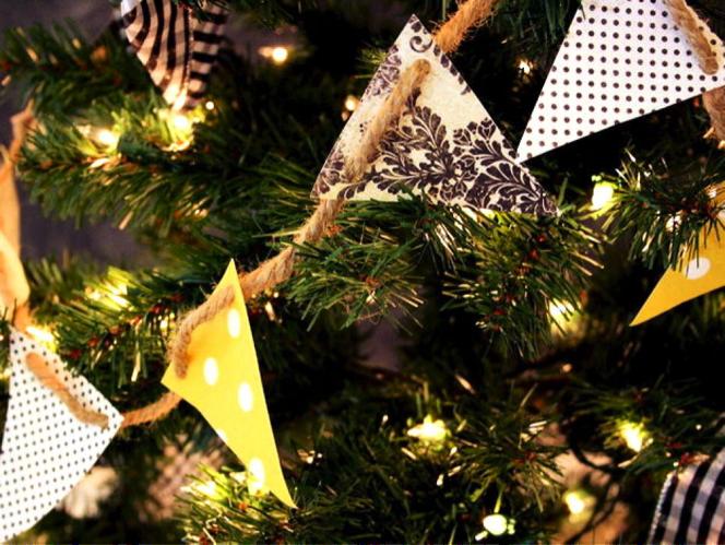 Whimsical christmas bunting