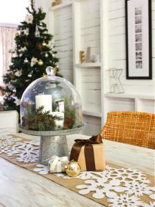 tabletop snow globe